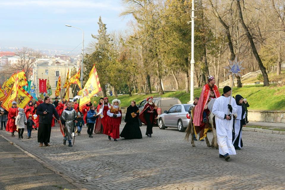 Фото: Петро Ігнатьєв. Святкова хода.